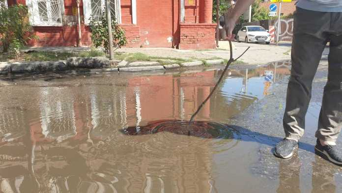 В Астрахани произошло фекальное наводнение