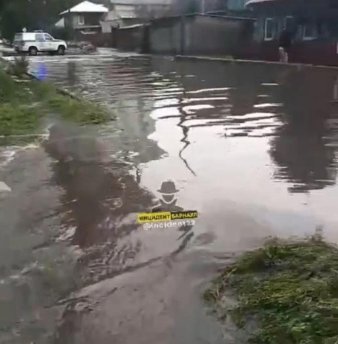 В Барнауле случилось несколько наводнений в один день