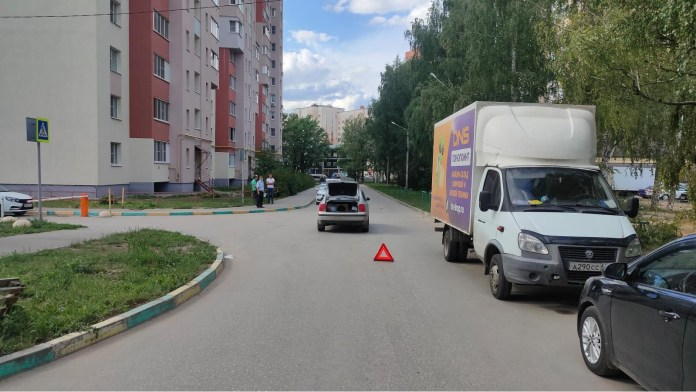 На улице Шереметьевской в Рязани «Фольксваген» сбил 9-летнего мальчика