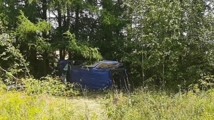 Опубликовано фото с места аварии в Шацком районе, где погиб парень