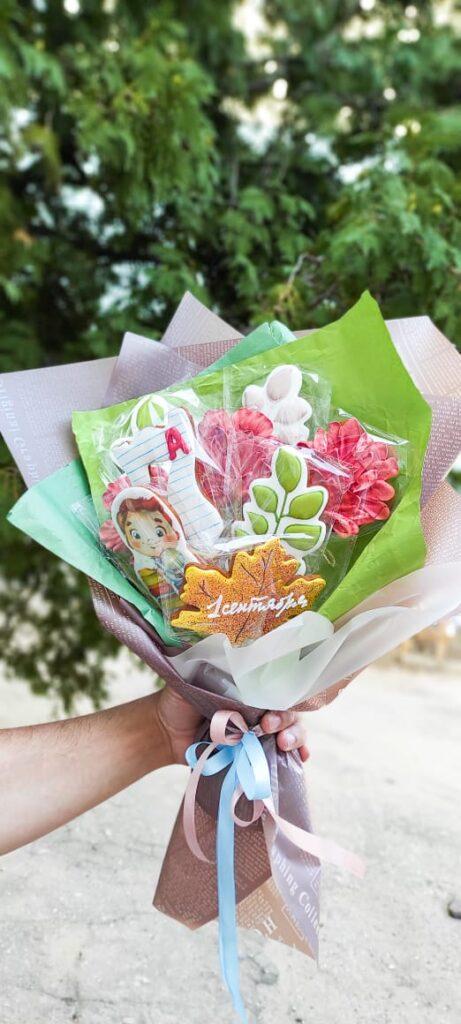 Интересные подарки для воспитателей и учителей