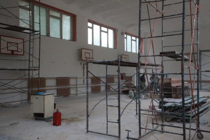 Юлия Рокотянская: «Новый спортивный зал позволит школе №59 привлекать к занятиям спортом все больше детей»