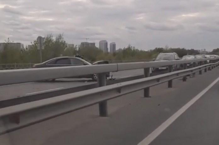 МВД: В ДТП у моста через Оку никто не пострадал