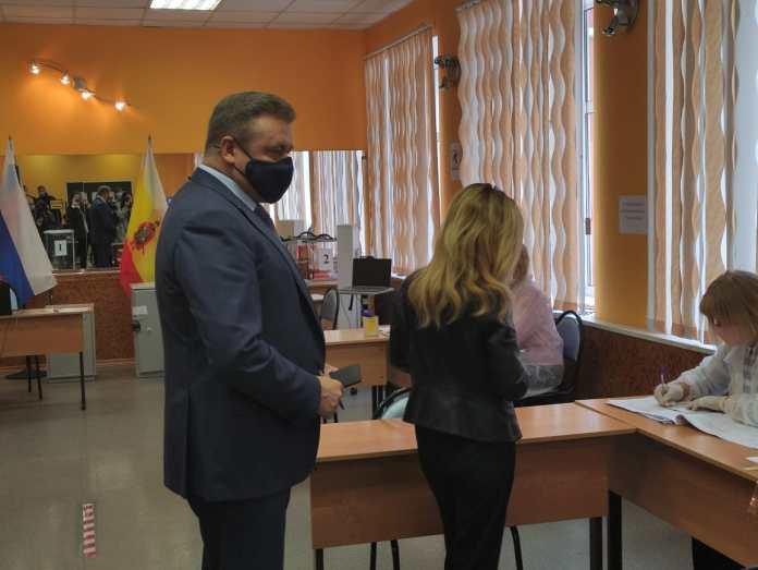 Рязанский губернатор и его супруга проголосовали на выборах в Госдуму РФ
