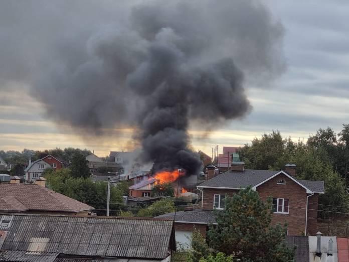 РИА «7 новостей» публикует видео пожара в Борках