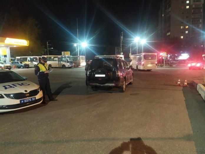 На улице Зубковой в Рязани «Мицубиси Паджеро» сбил 28-летнего мужчину