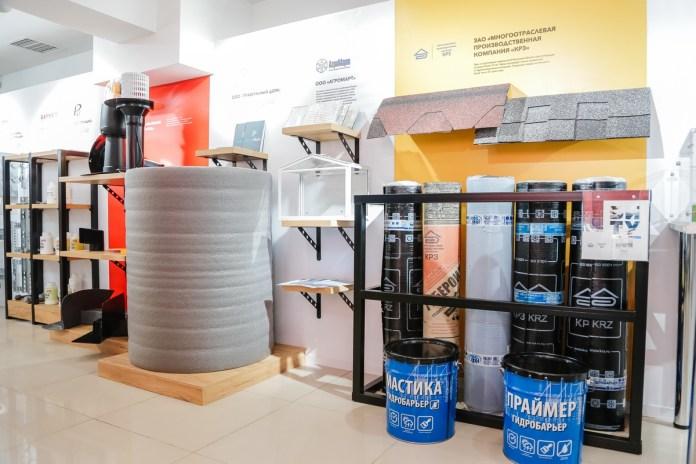 Николай Любимов посетил шоу-рум предприятий Рязанской области в Казахстане