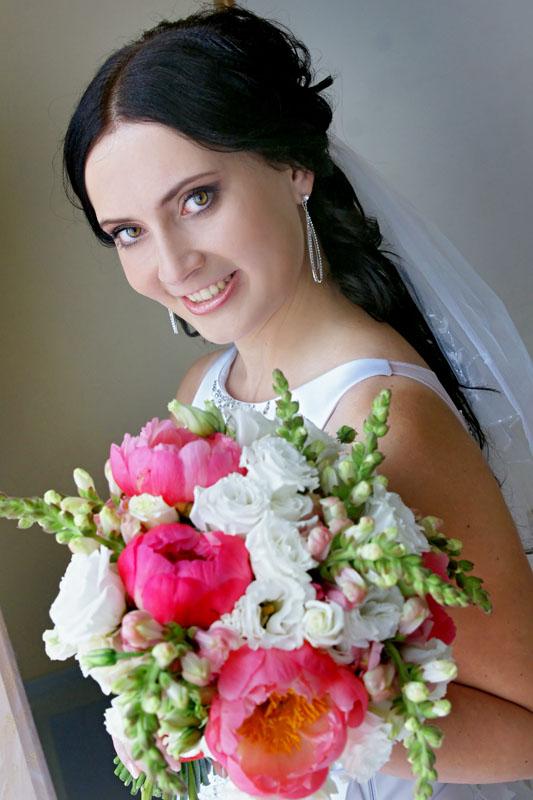 Красивый букет для невесты из роз