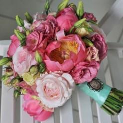 Свадебный букет из роскошных английских романтических роз