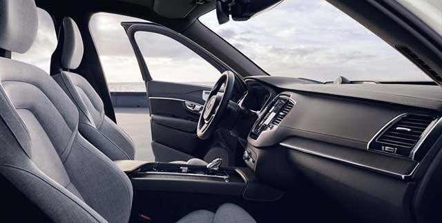 2020 Volvo XC90 interior