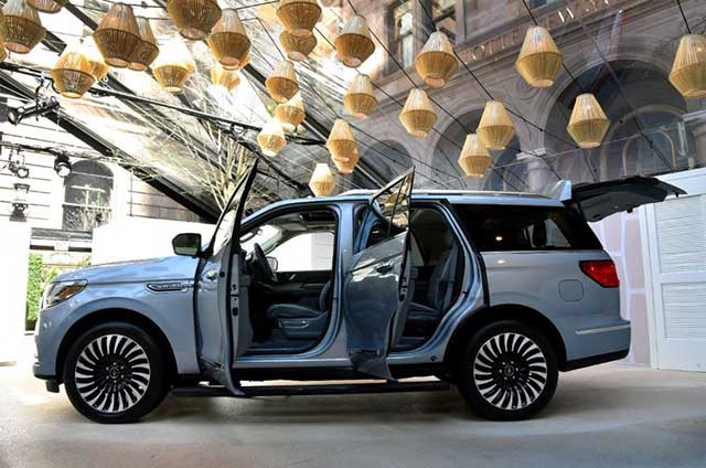 Which Engine is More Likely - 2020 Lincoln Navigator Diesel