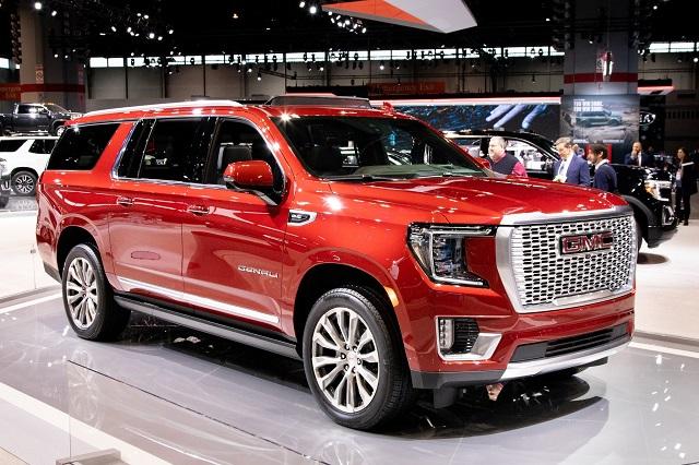 2021 GMC Yukon Diesel front