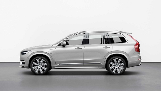 2022 Volvo XC90 render side