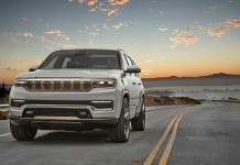 2022 Jeep Grand Wagoneer featured