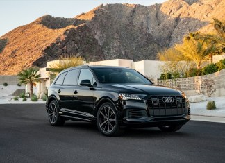 2022 Audi Q7 featured