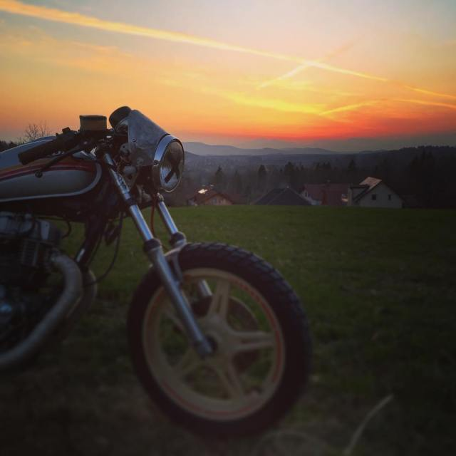 Evening ride with 81 honda 400 caferacer 7sevencustoms 77c 77hellip