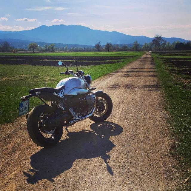 Day in the office with BMW R nineT bmwmotorrad 7sevencustomshellip