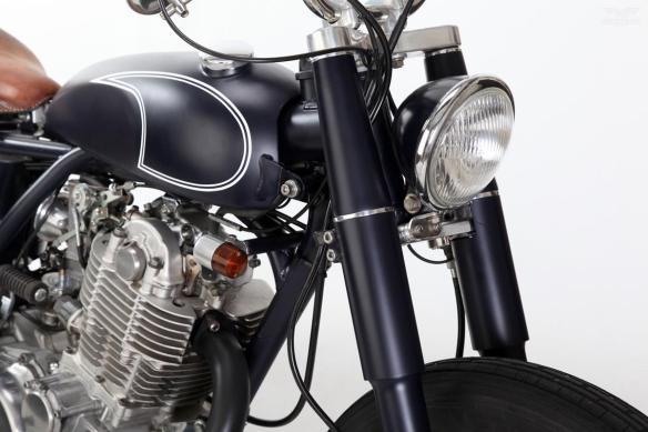 Custom-Yamaha-SR400-MotorRock-6