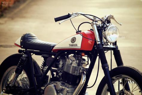 YAMAHA-SR400-by-Motor-Garage-Goods-3