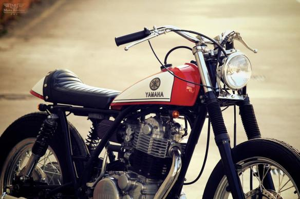 YAMAHA-SR400-by-Motor-Garage-Goods-3