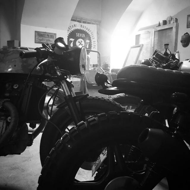 Working hours 77c garage custom motorcycles slovenia
