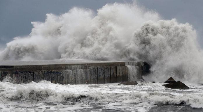 La boya de Valencia ha registrado la ola más alta del Mediterráneo occidental aunque una cercana a los 10 metros podría llegar próximamente