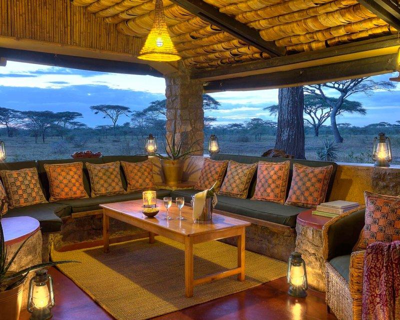 Ndutu-Safari-Lodge-central-mess-area-at-dusk