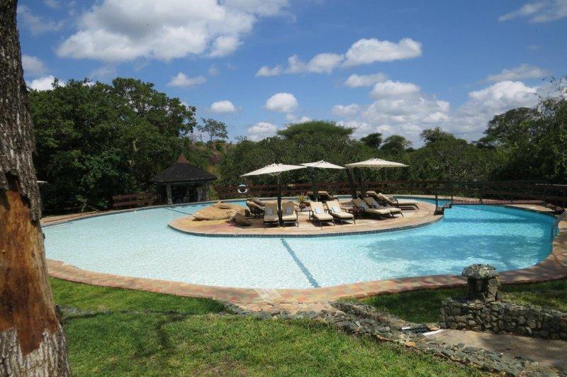 tarangire-sopa-lodge Poolside