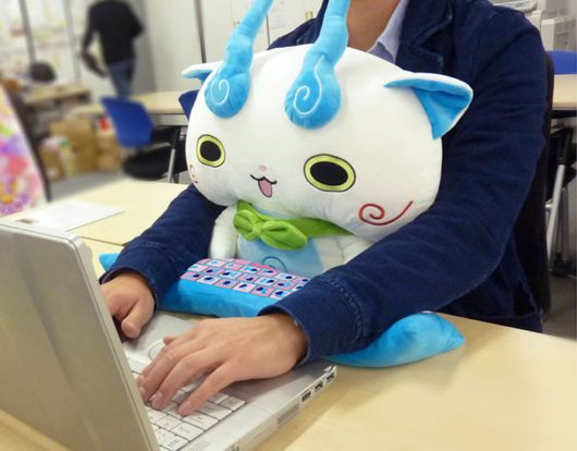 Supercute Lap Buddies That Protect Your Wrists