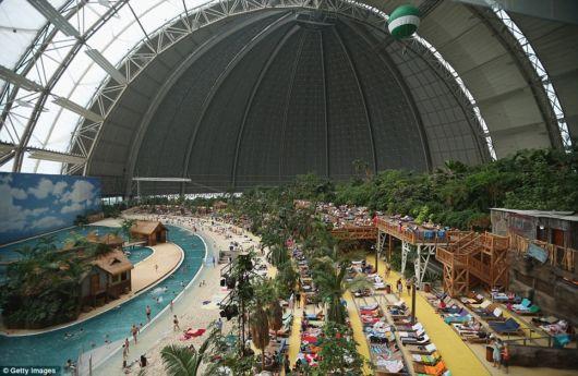 Amazing Indoor Luxury Resort