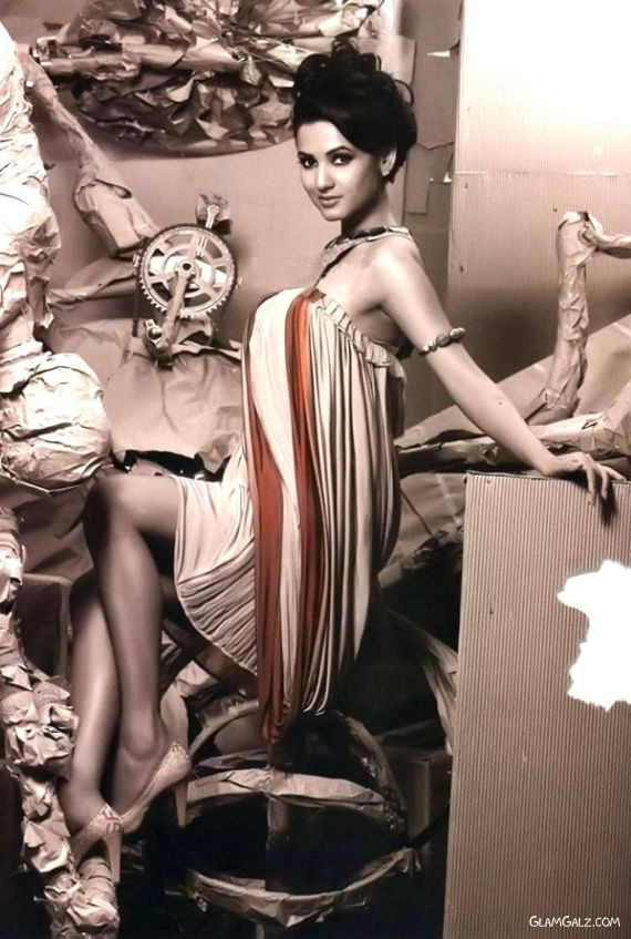 Sonal Chauhan in Latest Glam Shoot