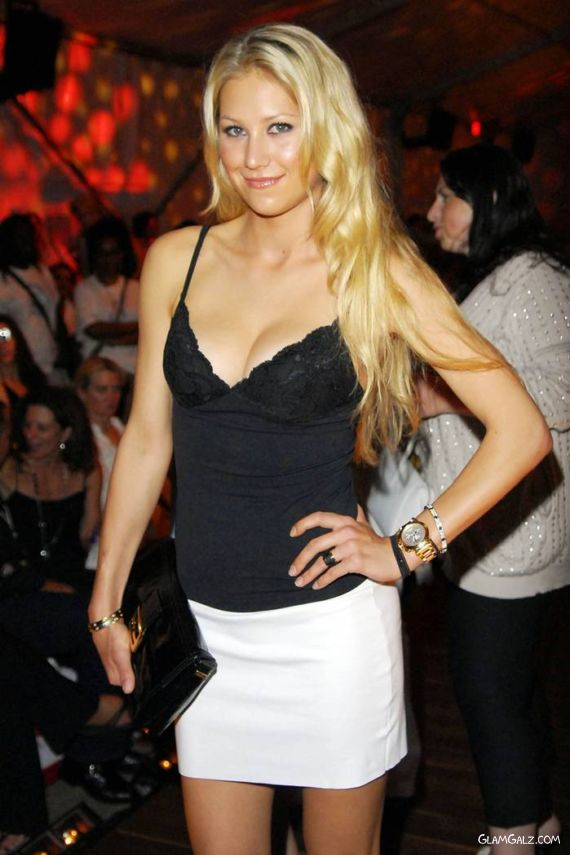 Anna at Benz Fashion Week