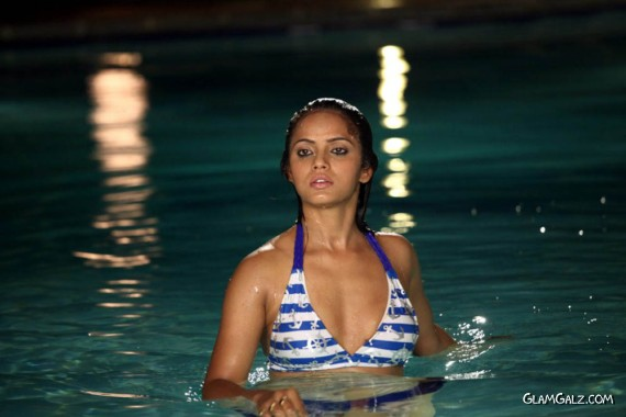 Neetu Chandra Movie Stills