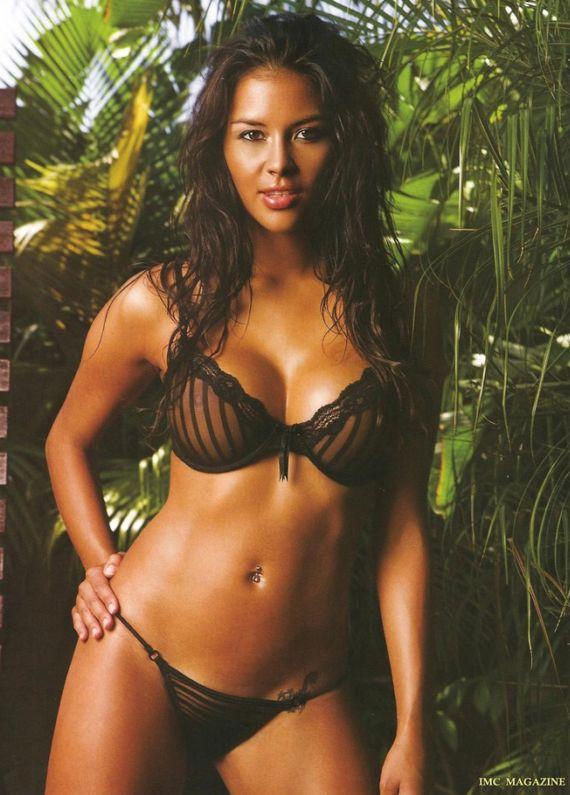 Aussie Model Dominique Le Toullec