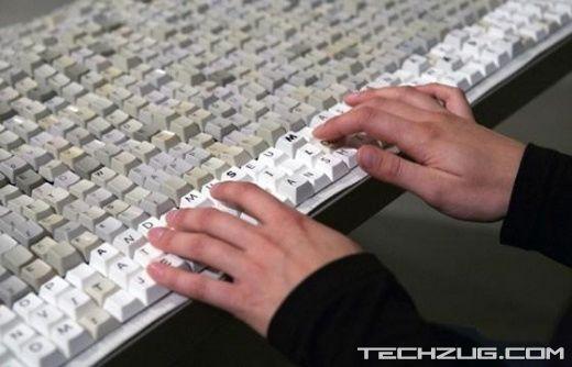 World's Longest Keyboard