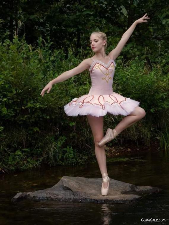 Art of Dancing In Water!