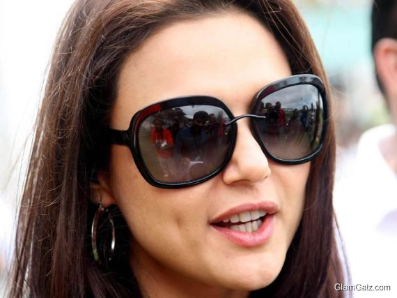 Click to Enlarge - Preity Zinta Wallpapers