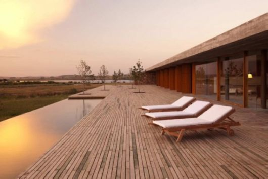 Incredible Infinity Pools That Overlook Amazing Views