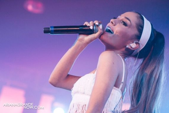 Ariana Grande Performing At 25th Anniversary of White Party Palm Springs