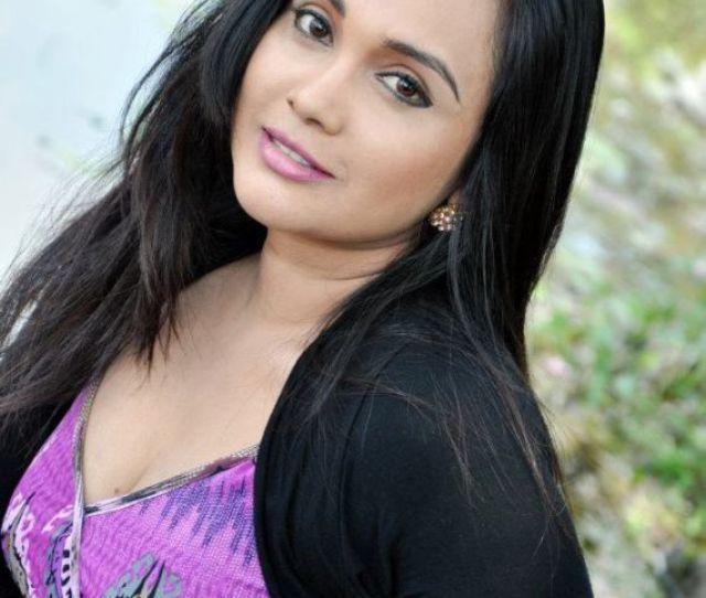 Re Sri Lankan Actress Gayathri Dias Reply 12 On July  Am