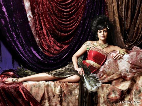 Mandira Bedi Stunning Photoshoot For Gaja Jewellery