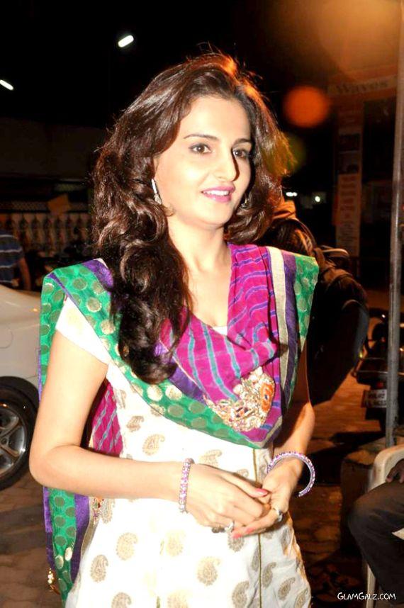 Monica Bedi Visits Andheri Cha Rajal