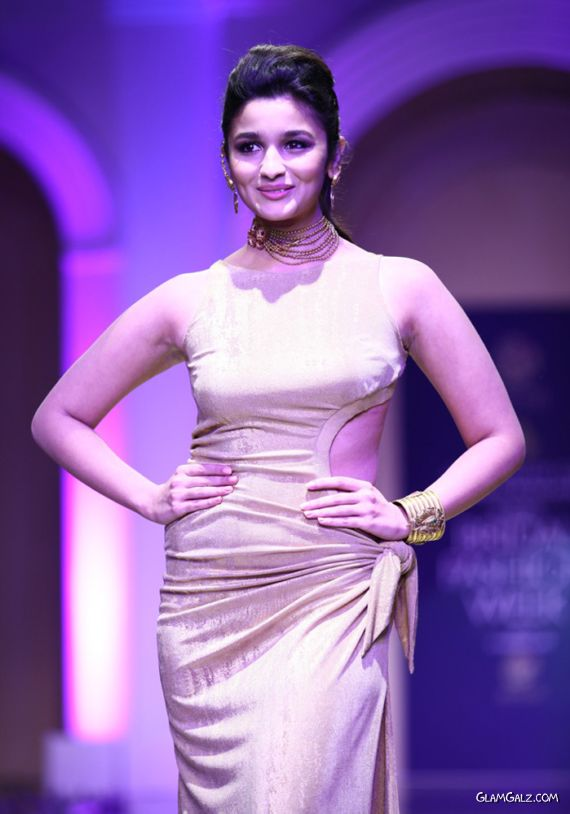 Alia Bhatt Walks The Ramp For India Bridal Fashion Week