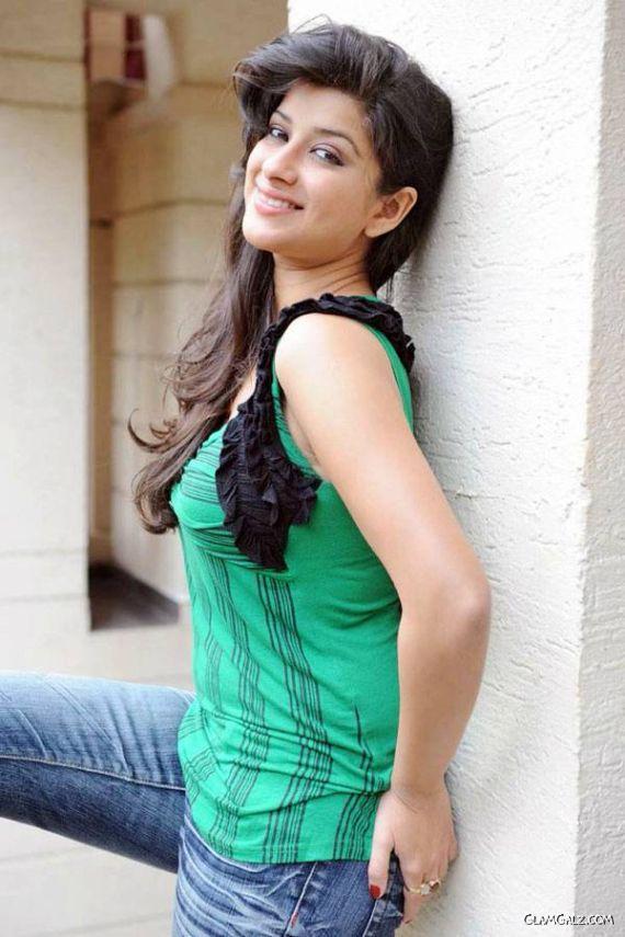 Truly Beautiful Actress Madhurima