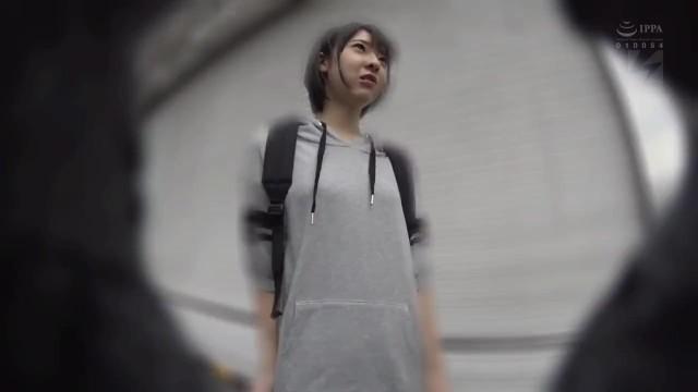 巨漢ナンパ師が見つけた家出少女まゆちゃん19歳の色白スレンダー娘と種付セックス15連発