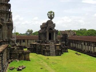 Mausoleum style structure