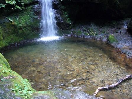Clear-Pool-at-Nanayo-Falls