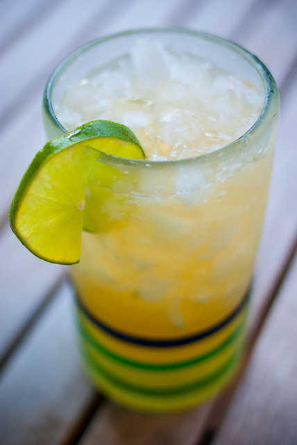 Skinny Margarita stevia real lime juice sugar free low carb Christy Brissette dietitian 80 Twenty Nutrition