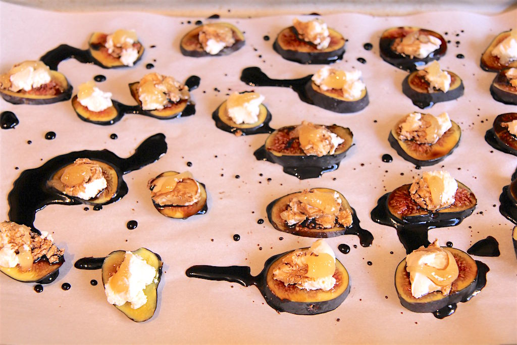 Warm Figs with Goat Cheese and Balsamic Glaze - 80 Twenty Nutrition