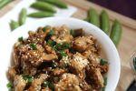 Kung Pao Cauliflower Chicken – Low Carb, Keto, Paleo and Gluten-Free! Recipe by Christy Brissette, media registered dietitian - 80 Twenty Nutrition